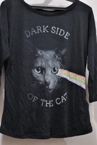 Eu ri muito com essa... dark side of the cat... fofa