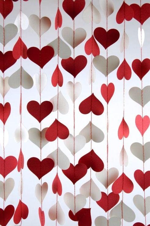 Super tradicional e super fofa essa cortina de corações