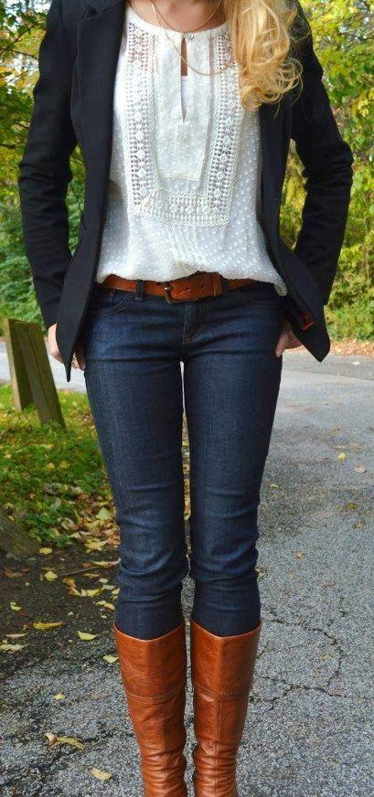 A calça jeans também pode ser uma peça clássica e elegante.